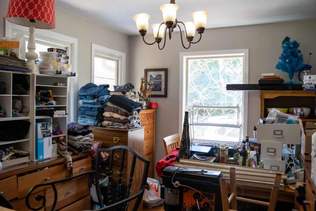 Quick Home Buyers NJ Hoarder House - Reasons To Sell House Fast In New Jersey - furniture cluttered in room