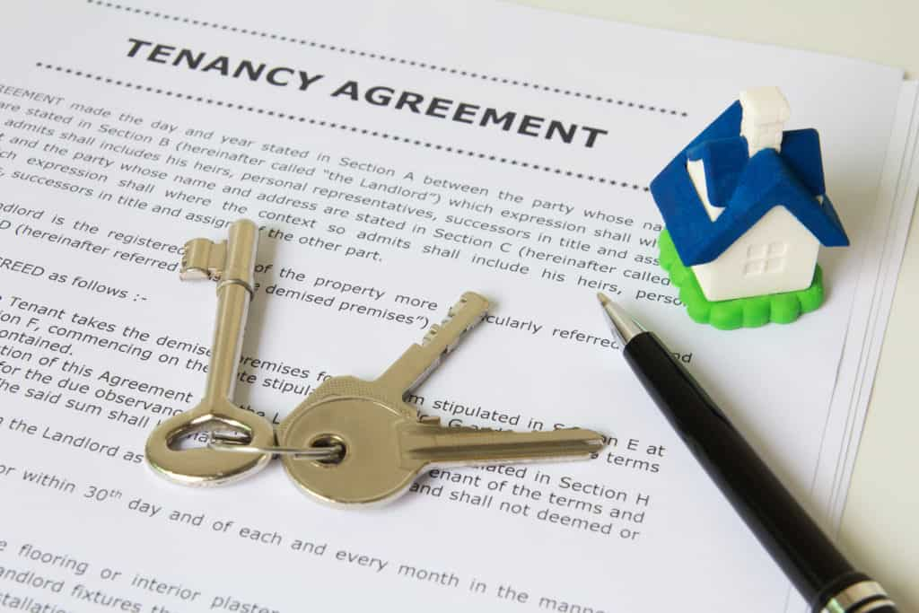 Tenancy Agreement with Keys on paper - reasons to sell your house fast in new jersey