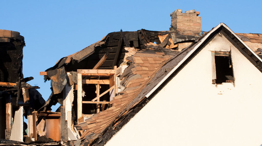 photo of fire damaged house - selling a house as is in new jersey - from quick home buyer nj